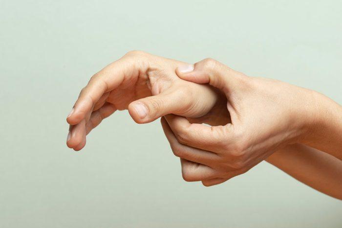 thumb pain   Hand Massage