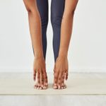 The Types of Stretching Fitness Experts Recommend—and One They Avoid